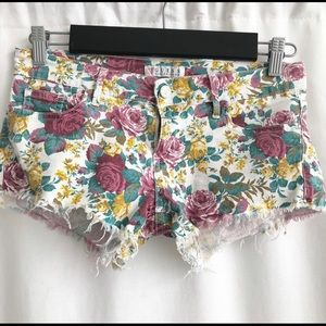 Guess Los Angeles Floral Shorts